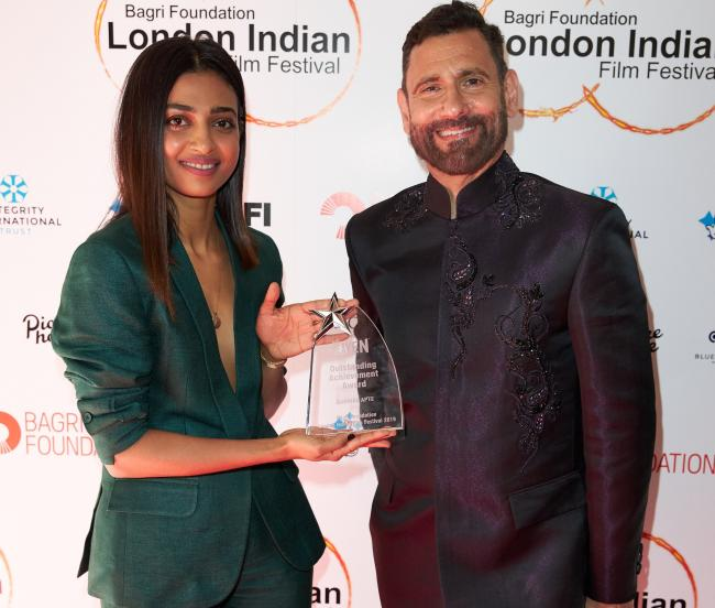 Radhika Apte  with Festival Directer Cary Rajinder Sawhney MBE (Picture by Darren Brade)