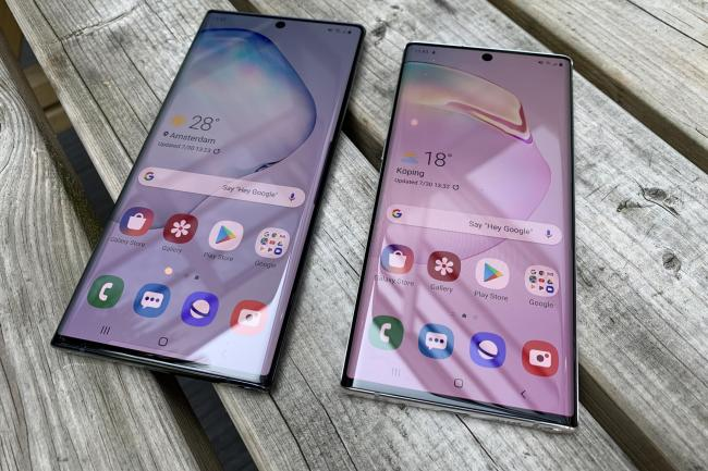 The Samsung Note 10+ (left) and Note 10 smartphones