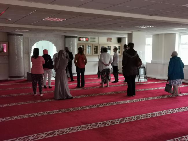 Group of women visit mosque for the first time