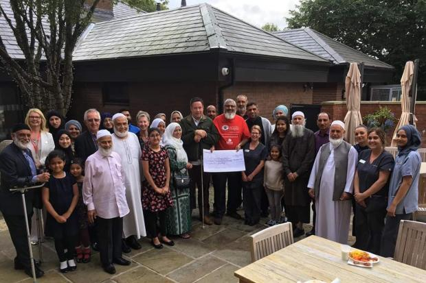 Collection at mosques and mall raised £14,641 for Hospice