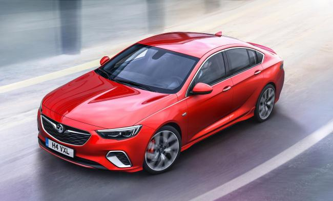 VX Insignia GS Sri: 'A dynamic-looking car that delivers a rewarding driving experience'