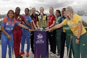 The captains of the 10 countries participating in the Women's T20 World Cup pose fore a photo with the trophy in Sydney, Monday, Feb. 17, 2020. The tournament begins Friday, Feb. 21. From left to right are, Sornnarin Tippoch of Thailand, Stafanie Taylor of West Indies, Harmanpreet Kaur of India, Sophie Devine, of New Zealand, Meg Lanning of Australia, Heather Knight of England, Salma Khatun of Bangladesh. Chamari Atapattu of Sri Lanka, Bismah Maroof of Pakistan and Dane van Niekerk of South Africa. (AP…