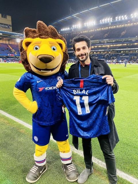 Actor Bilal Ashraf  shows his love for Chelsea