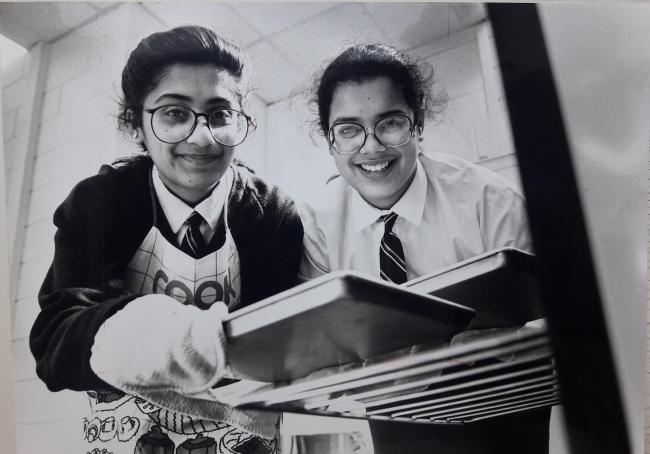 School dinners cookery competition winners, Feroza Isa and Shamim Khan (8 April 1991)