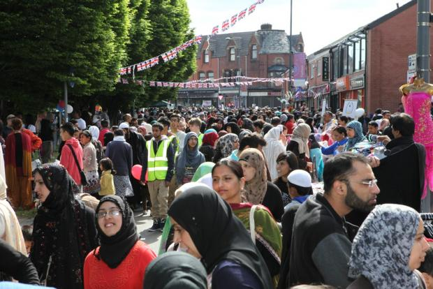 PICTURES: Largest street Party in Lancashire