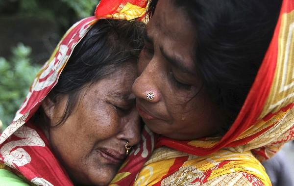Dozens die in Bangladesh monsoons