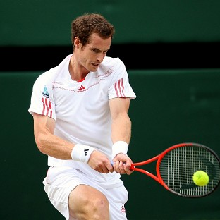 Andy Murray broke Roger Federer twice on his way to winning the first set