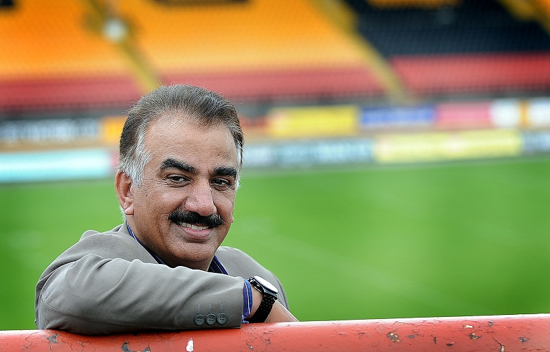 Akbar's boss to hold talks with Bradford Bulls over offer of cash help