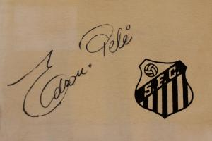 Rare Santos shirt signed by Pele to be auctioned