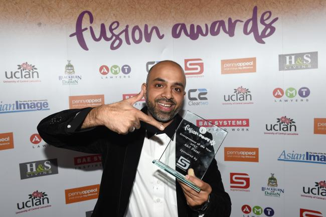 Islamic wear designer and retailer wins Entrepreneur of the Year Award 2017