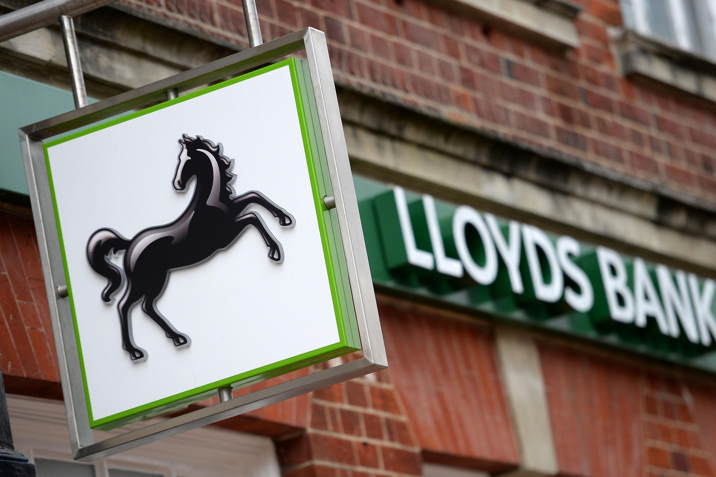 Lloyds to set ethnic diversity target for senior management positions