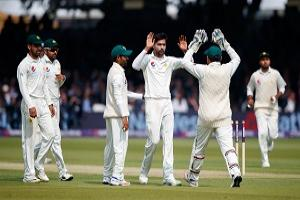 Pakistan's Mohammad Amir celebrates taking the wicket of England's Alastair Cook for 70 during day one of the First NatWest Test Series match at Lord's, London.
