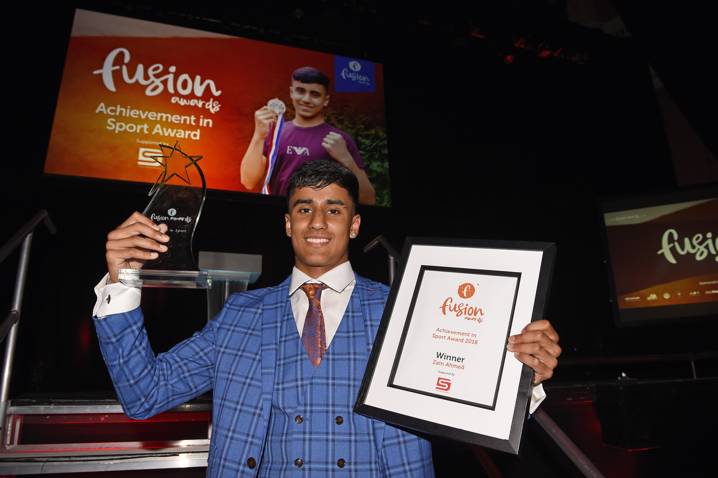 Zain picks-up Achievement in Sport Award
