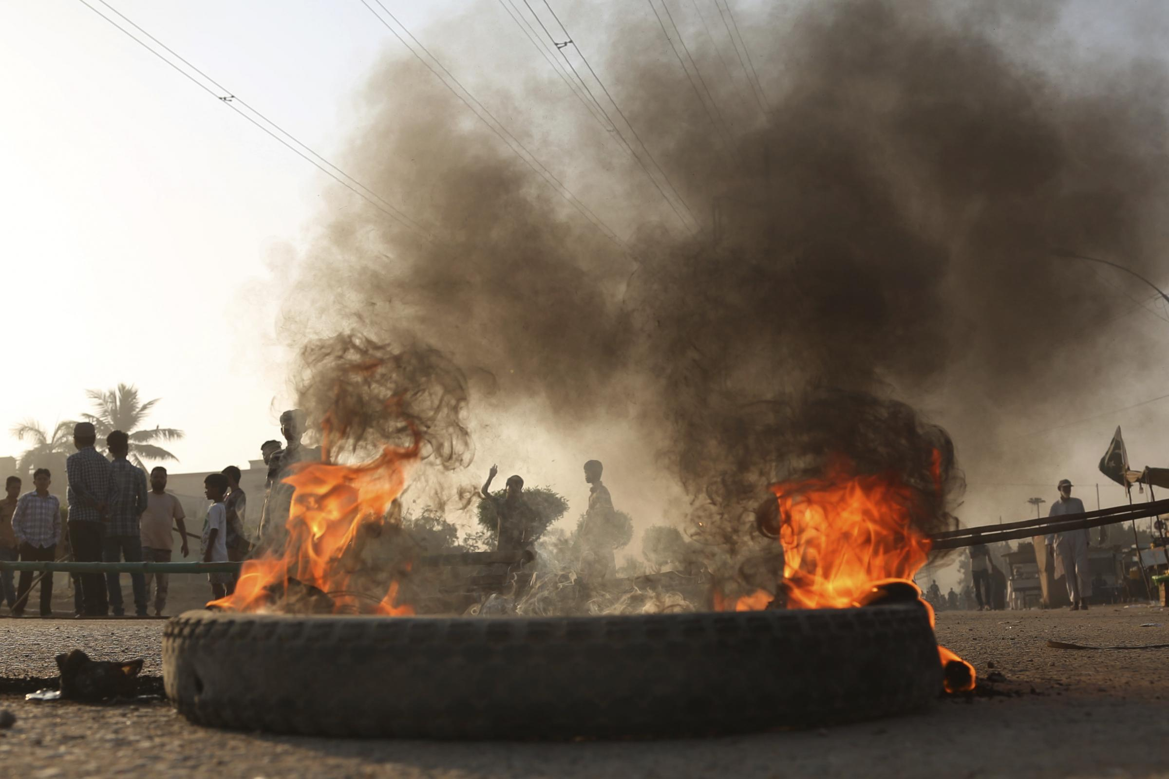 Protesters burn tyres after Asia Bibi was acquitted